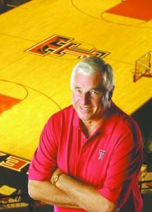 Coach-Bob-Knight-in-USA-balcony