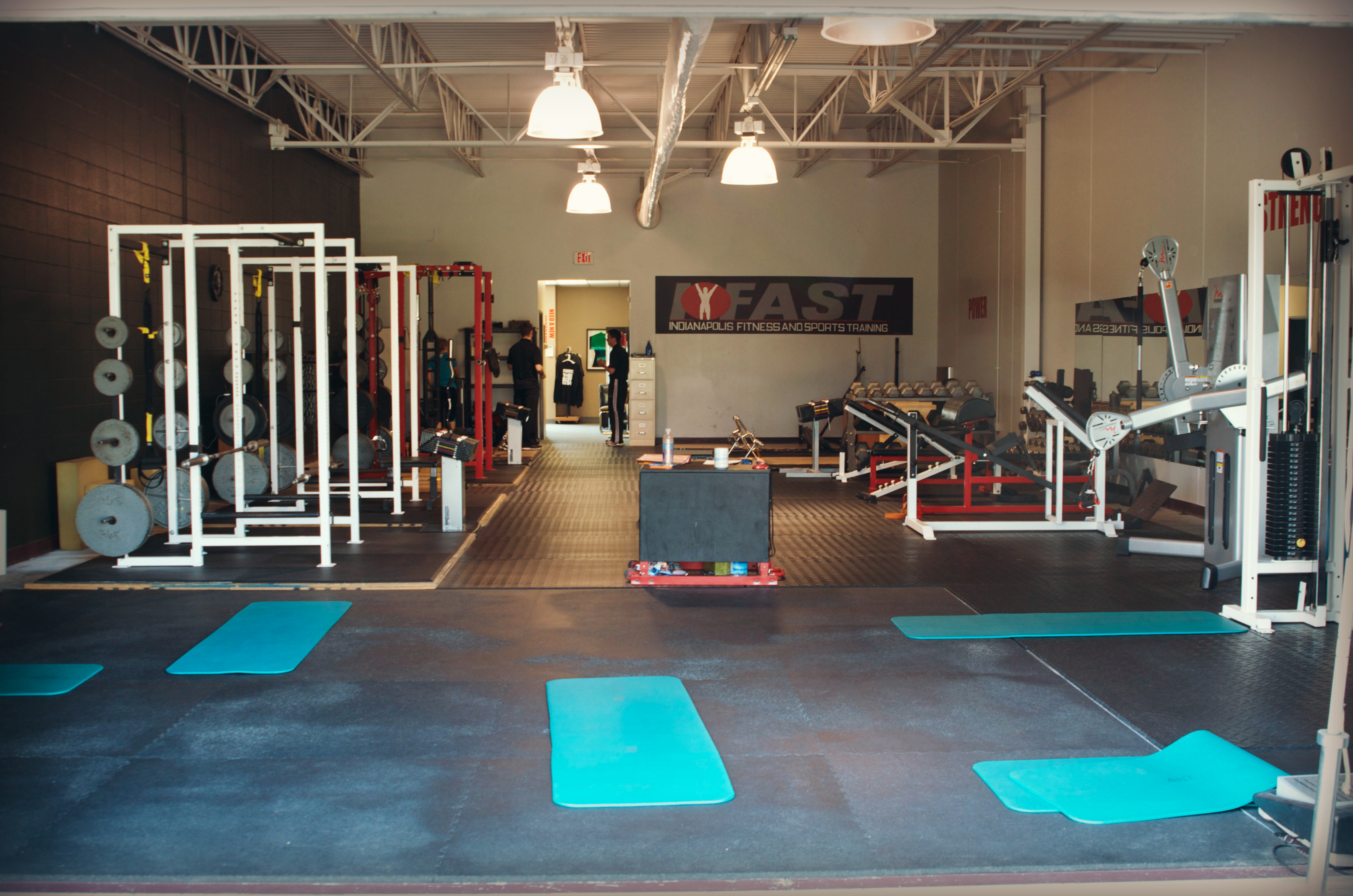 Indianapolis Fitness and Sports Training is a multiple award-winning gym owned by Fishers residents. (Photo by Emily Schwank of Raincliffs Photography)