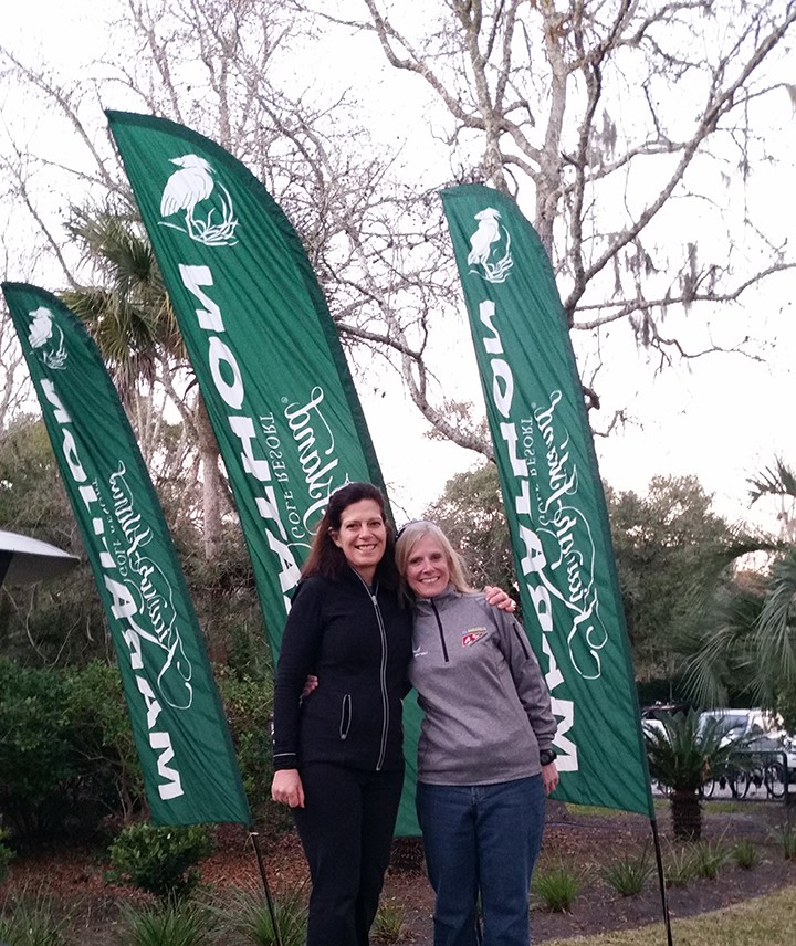 Back on My Feet volunteers Barb Shafer (left) and Janice Martin ran in a race on Kiawah Island, S.C., in December 2014.