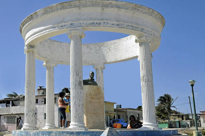 Hemingway Memorial in Cojimar, Cuba (Photo by Don Knebel)