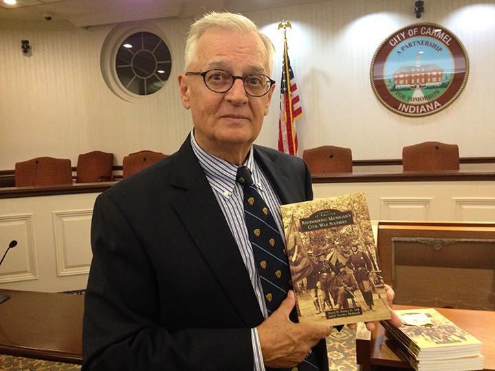 David Finney gives a talk at the Hamilton County Civil War Roundtable. (Photo by Mark Ambrogi)