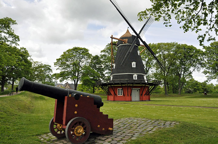 Windmill and cannon in Kastellet. (Photo by Don Knebel)