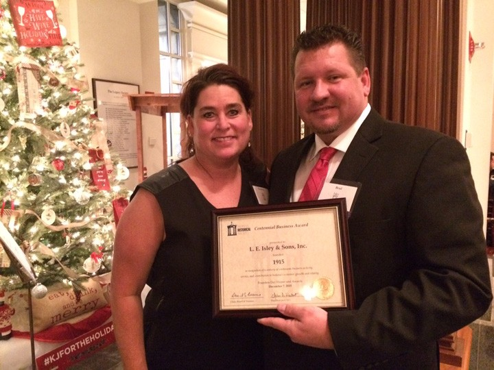 Charlotte, left, and Brad Isley accept their award. (Submitted photo)