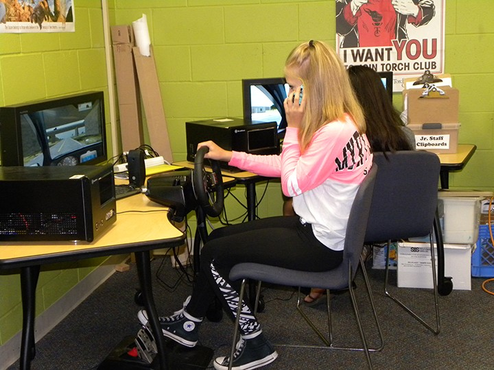 Emma Gawor uses the driving simulator at the Boys & Girls Club of Zionsville-East. (Submitted photo)