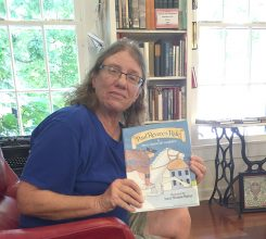 """Elinor Williams will read """"The Midnight Ride of Paul Revere"""" on July 2 at Black Dog Books. (Photo by Anna Skinner)"""