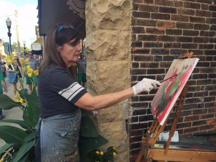 Nickel Plate Arts studio artist Lesley Haflich paints at a previous plein air event. (Submitted photo)