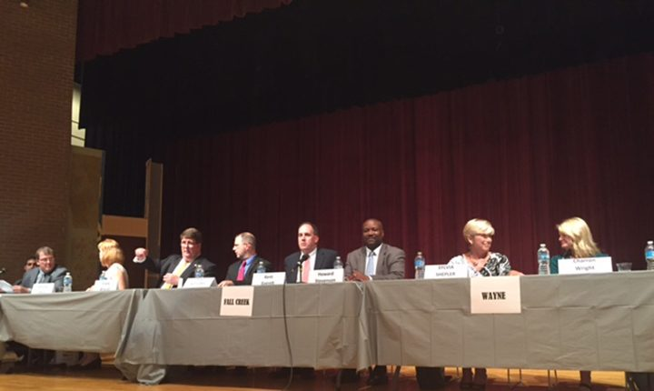 Candidates running for the Hamilton Southeastern School Board attend a forum Oct. 4. (Photo by Nick Poust)