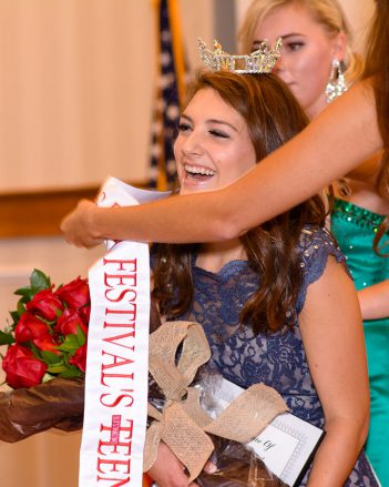 Claire Nieshalla is crowned the 2018 Miss Fall Festival Outstanding Teen. (Submitted photo)