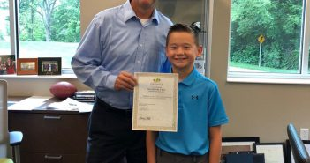While serving as mayor for the day, Beckett Suh spent time with Zionsville Mayor Tim Haak. (submitted photo)