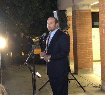 Mayor Scott Fadness speaks during a prayer vigil held at Hoosier Road Elementary on Oct. 25. (Photos by Anna Skinner)